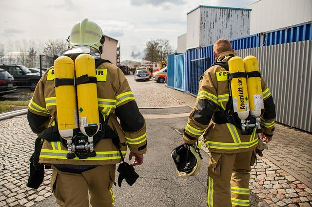 Bramy rolowane przeciwpożarowe – bramy przeciwpożarowe przesuwne